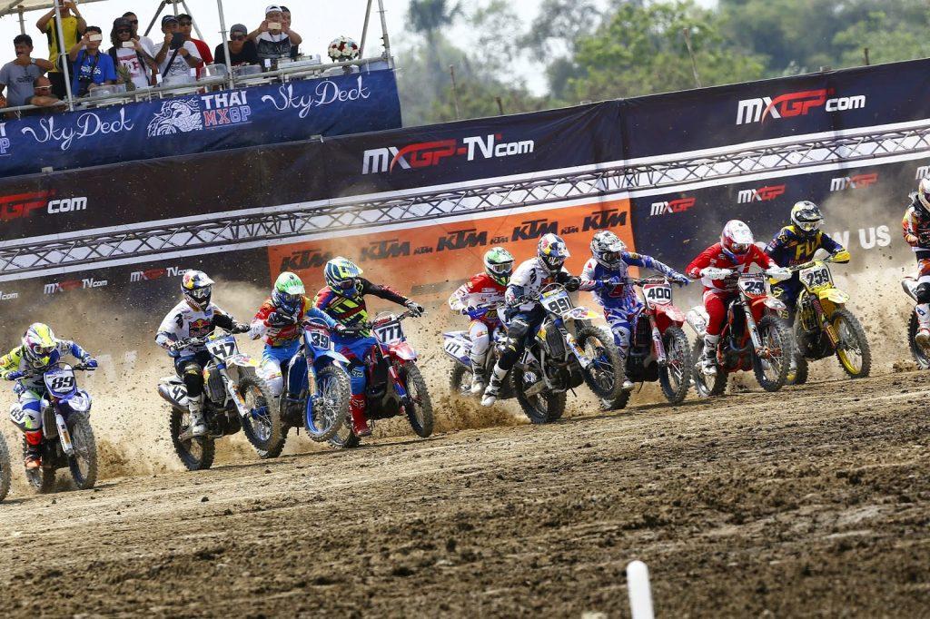 Algumas belas imagens do Campeonato Mundial 2015 de Motocross em Nakhon Pathom, na Tailândia.