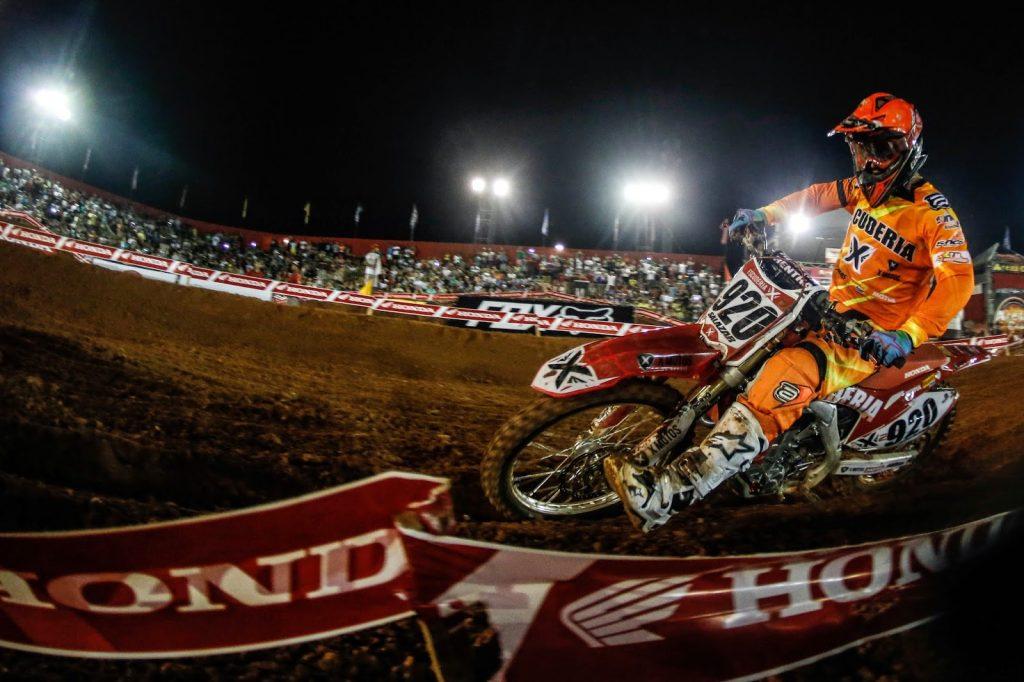 Imagens do Arena Cross - Bertioga (SP) - 11/04