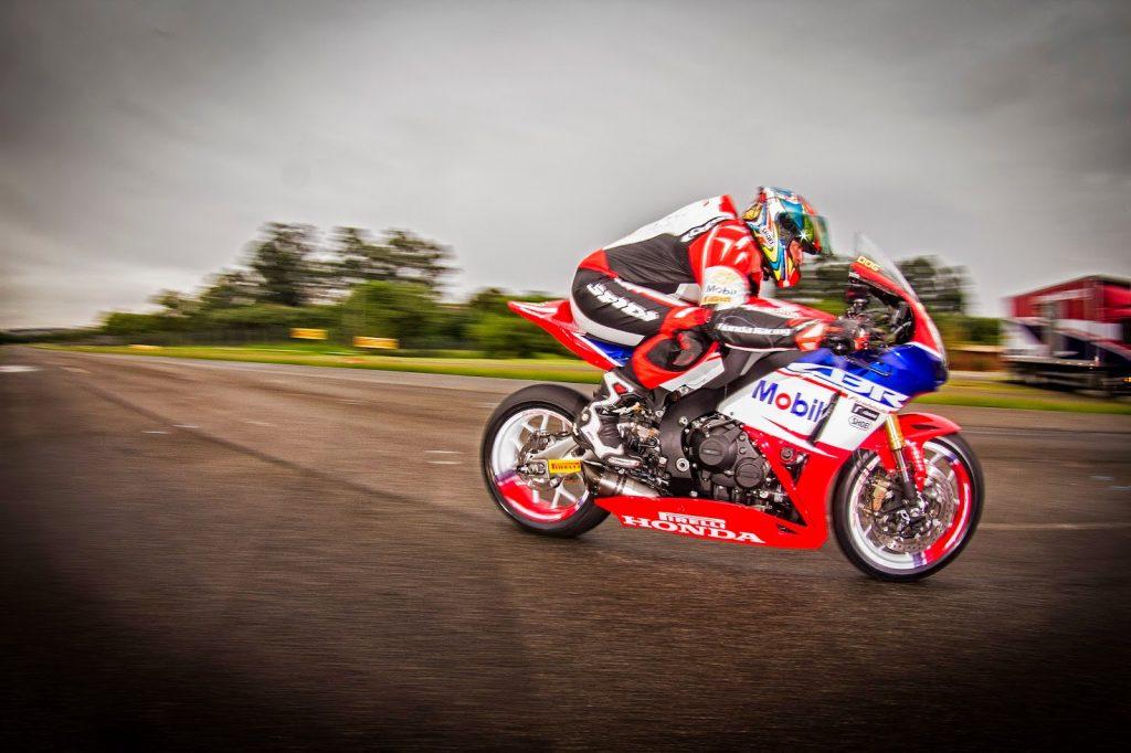Próximos de estreia no SuperBike Brasil, feras da motovelocidade disputam neste fim de semana corrida preparatória em Goiânia