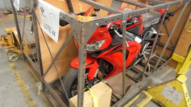 Receita faz leilão de celulares, motos e bicicletas com lance mínimo de R$ 200