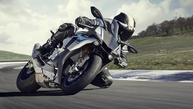Yamaha lança no Brasil as novas Superesportivas YZF-R1 e a YZF-R1M com tecnologia herdada do modelo de MOTOGP