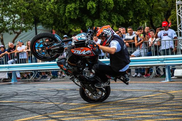 Lançamento mundial: Rok Bagoros com a KTM 200 Duke no Brasil