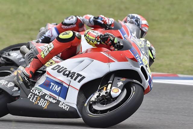 """Iannone: """"Peço desculpas a todos na Ducati"""""""
