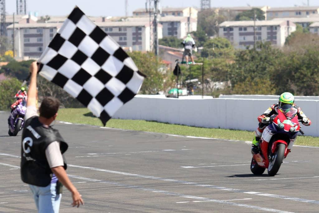Eric Granado vence em Londrina no Superbike Brasil