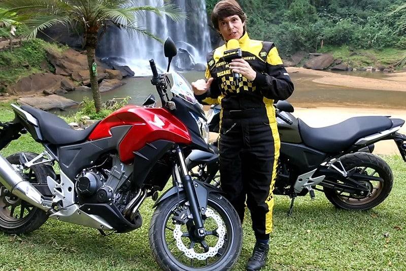 Jornalista, piloto, atriz e instrutora, Suzane Carvalho está lançando seu segundo livro, Moto – Pilotagem avançada e dicas para viagem