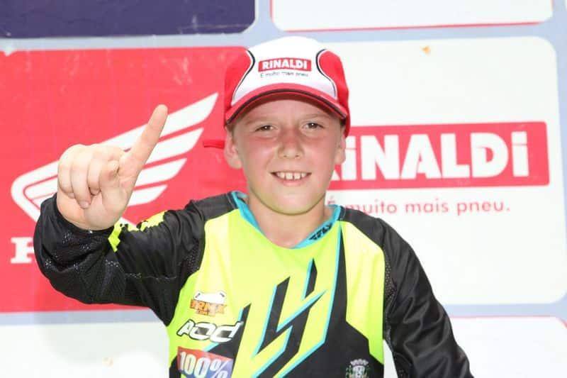 Rafael Becker, do Team Rinaldi, é tricampeão brasileiro de motocross - Crédito: Café Fotos/Mundo Press