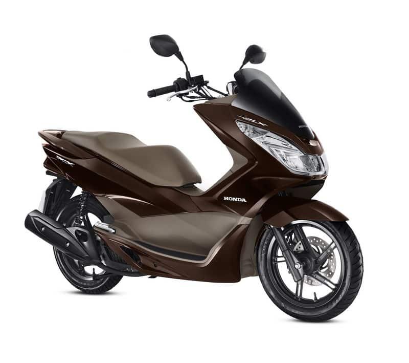 Honda PCX - modelo de economia com o sistema start/stop