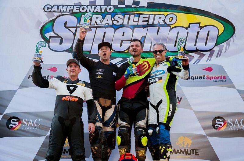 Chiquinho Velasco garante a segunda posição na abertura do Supermoto