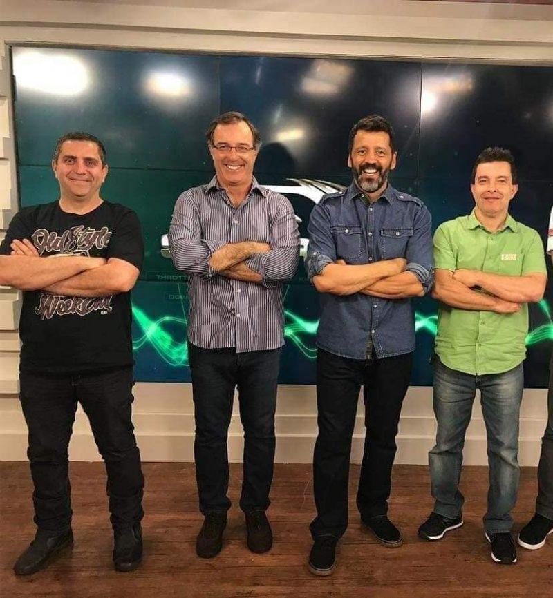 Cesar Barros deu entrevista no programa Supermotor da Band Sports. Na foto, o apresentador Celso Miranda - de camisa azul - Foto: reprodução Facebook