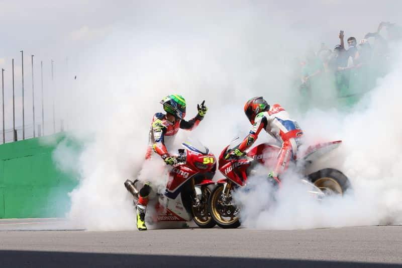 Superbike Brasil - Eric Granado e Pedro Sampaio comemoram as dobradinhas da equipe Honda