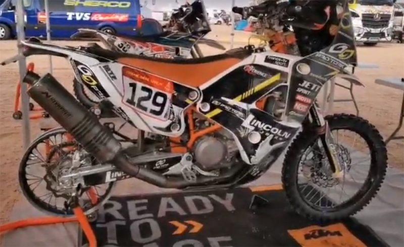 Moto de Lincoln Berrocal depois da sétima etapa do Rally Dakar - Imagem reprodução da reportagem ao jornalista Ricardo Ribeiro