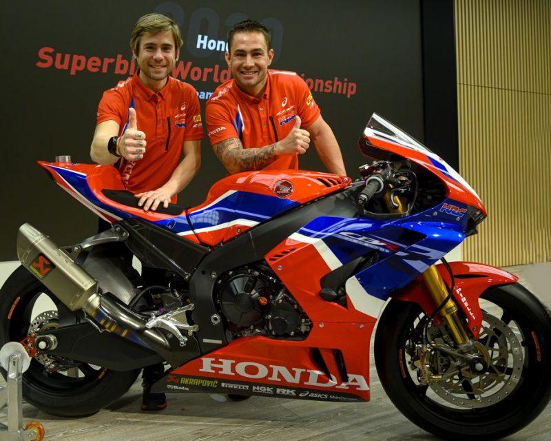 Alvaro Bautista e Leo Haslam (à direita), pilotos da Team HRC, no lançamento da equipe para o World SBK 2020. Crédito: HRC. Divulgação: Mundo Press