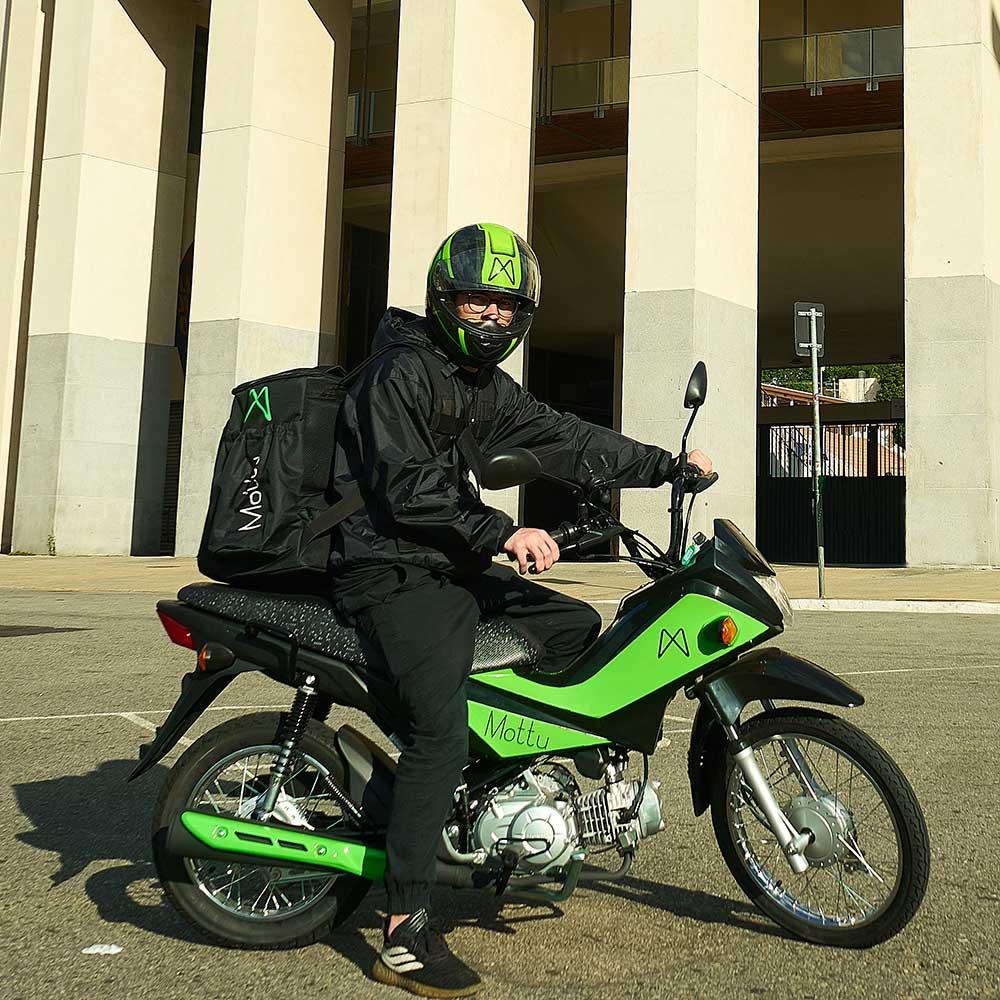 Mottu: startup de aluguel de motos para delivery. Recebe 2 milhões de dólares de investimentos.
