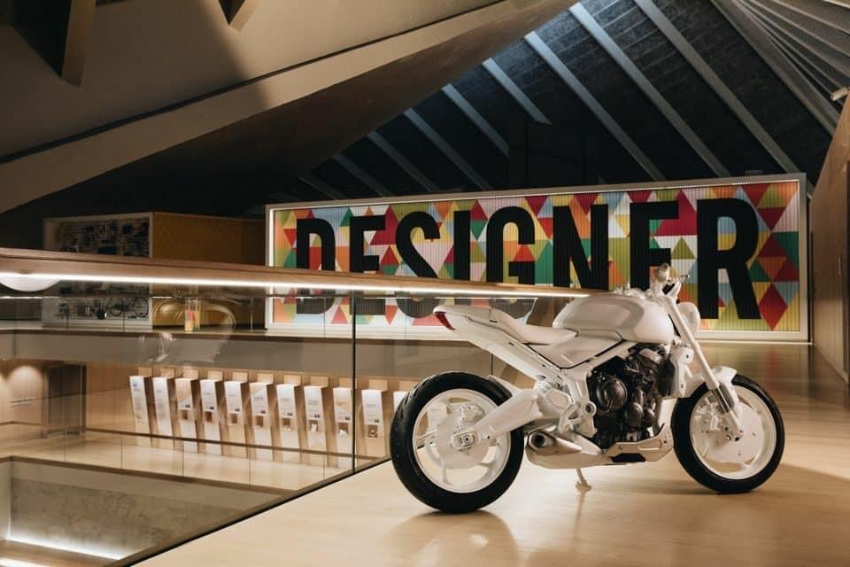 Triumph Trident - uma roadster média cilindrada