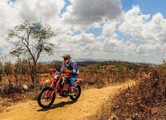 Jennifer Colvero: ditando seu ritmo de prova sem se preocupar com resultados no Rally RN1500 - (Sanderson Pereira/Photo-S)