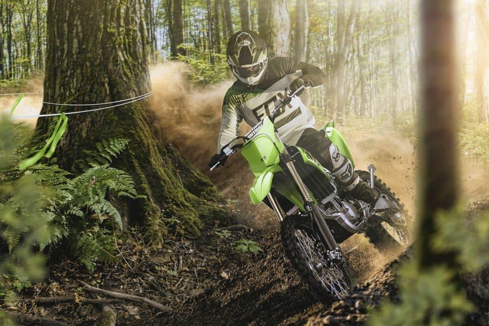 Kawasaki lança 3 modelos off road para 2021: Kawasaki KX 250X, Kawasaki KX 250 e Kawasaki KX 450X