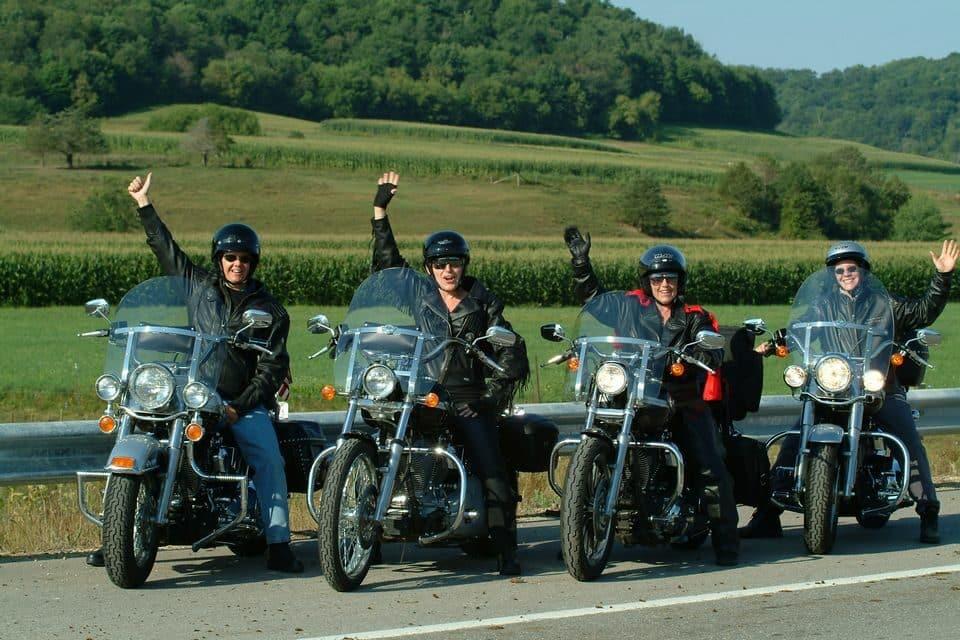 Harley-Davidson do Brasil esclarece dúvidas de motociclistas de segurança na pilotagem